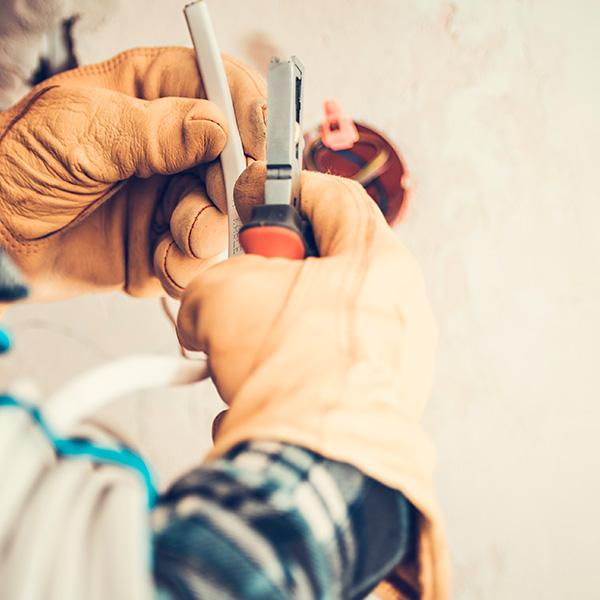 servicios-manteniemiento-electricidad